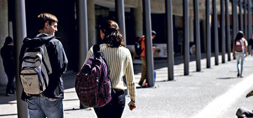 A pesar de aprobación de la reforma, oficialismo se alista a ver aumento de gratuidad por glosa