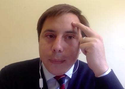 """Académico Cristóbal Aguilera participó en diálogo """"¿Qué es una Constitución Política para todas las personas?"""" organizado por la Universidad de los Andes"""