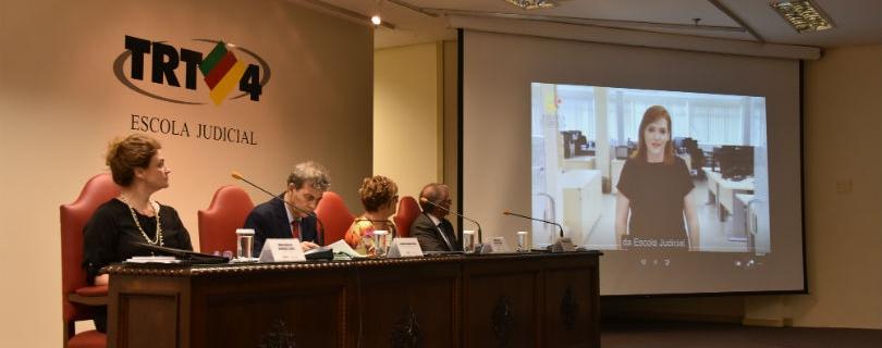 Académica de la Facultad de Derecho inauguró período académico de la Escola Judicial de Porto Alegre