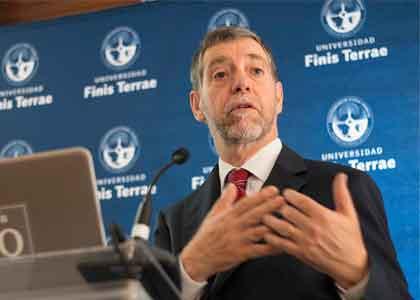 """Vicepresidente del Banco Central: """"Incertidumbre de economía mundial sería el peor enemigo de economía chilena para 2019"""""""