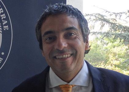 """Cristián Palacios, coordinador de la Clínica Jurídica Pyme de la U. Finis Terrae: """"El cierre de un negocio debe hacerse, como todo en la vida, de manera responsable y planificada"""""""