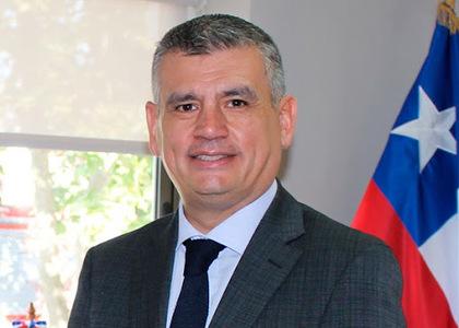 Defensor Nacional (s) Marco Montero expuso ante alumnos de la Facultad de Derecho de la Universidad Finis Terrae