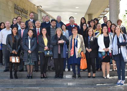 Más de cien exponentes de la economía solidaria en LATAM se reunieron en la U. Finis Terrae