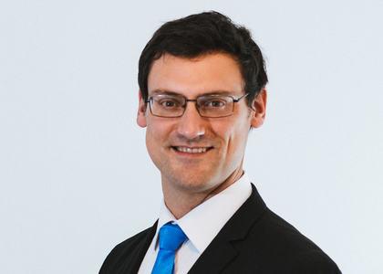 El Mercurio | Académico Javier Sánchez destacó el rol de los agentes de aduana en la reactivación económica en Edición Especial dedicada a esa actividad