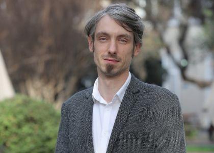 La dimensión política del periodismo profesional aborda la investigación Fondecyt del Dr. Antoine Faure