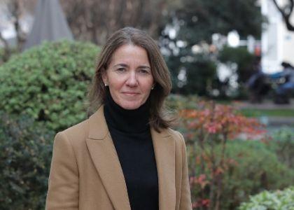 El Mercurio   Directora del Centro de Investigación y Documentación se refirió a la importancia y urgencia de impartir clases de historia y ética  en Chile