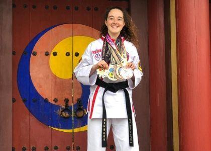 Estudiante de Medicina U. Finis Terrae ganó el Mundial de Taekwondo ATA