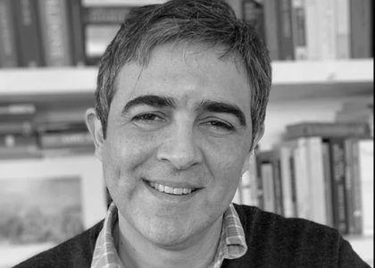 Muere el crítico literario y Alumni Juan Manuel Vial