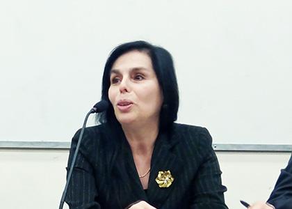 Académica de Derecho lanza manual de protección para consumidores