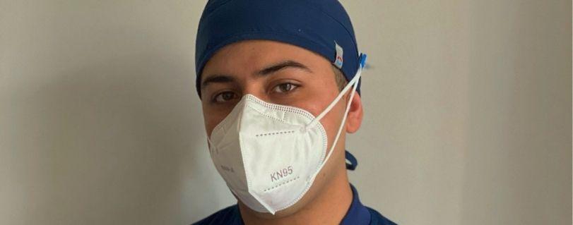 """Mathías Carmona: """"Todos los días trabajamos para salvar la vida de nuestros pacientes que se encuentran en estado grave por Covid-19"""""""