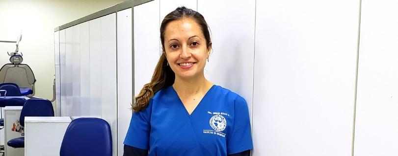 """Miriam Rosas: """"Queremos que el estudiante aprenda y genere buenas relaciones humanas con sus pacientes"""""""