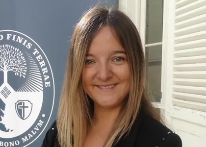 Profesora y alumni de la Facultad de Derecho U. Finis Terrae, Macarena Diez, se incorporó como docente del programa de postgrado de la Pontificia U. Católica de Chile