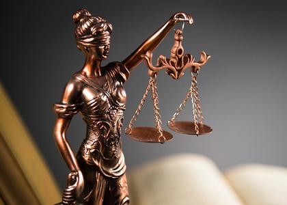 Resumen de columnas publicadas por académicos de la Facultad de Derecho de la Universidad Finis Terrae durante septiembre
