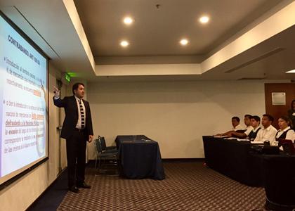 Profesor Rodrigo Ríos realiza actividades académicas en México