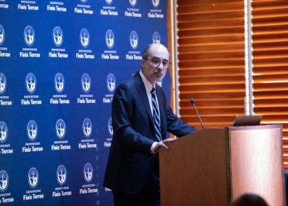 """Dr. Óscar Herrera acerca de la guerra comercial entre Estados Unidos y China: """"América Latina se encuentra entre dos placas tectónicas"""""""