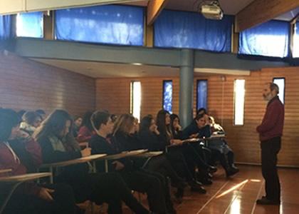 Admisión dictó charla en colegio San Francisco de Paine