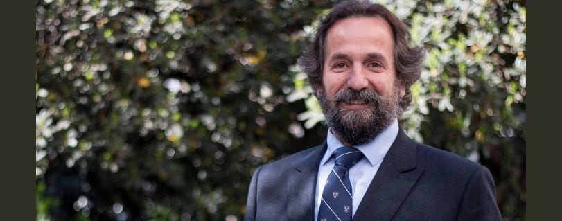Decano de la Facultad de Medicina, Dr. Alberto Dougnac, asume como subsecretario de Redes Asistenciales