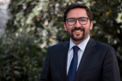 Ciper   Columna del académico Alejandro Leiva: Responsabilidad penal de autoridades por incitación a contravenir el orden público