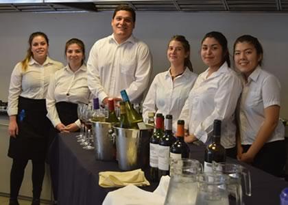 Alumnos de primer año de Dirección y Gestión de Artes Culinarias culminan su examen exitosos almuerzos
