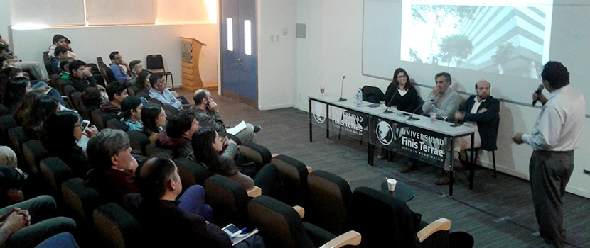 Foro sobre corrupción y periodismo expuso casos de Chile y Perú