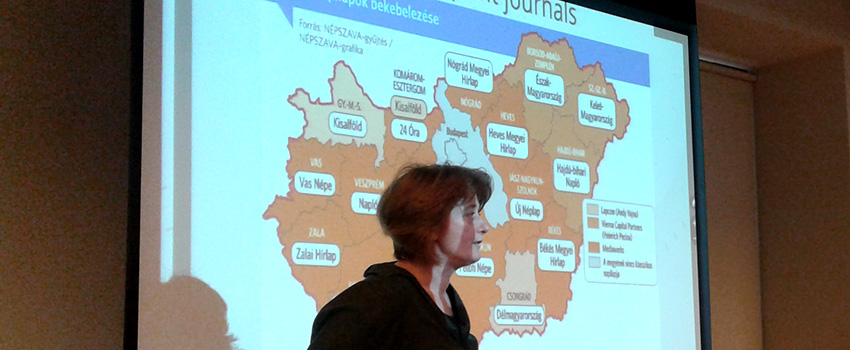 Profesora húngara realiza cursos en Escuela de Periodismo