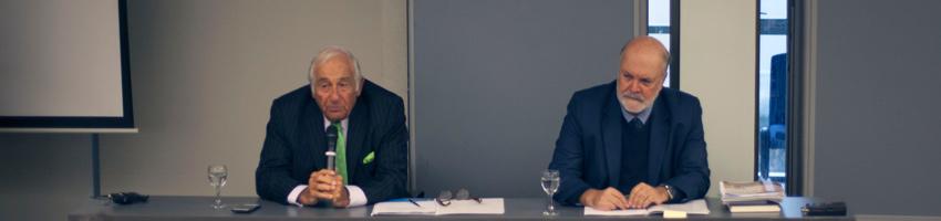 Colegio de Abogados ofrece charla de ética a estudiantes de primer año de Derecho