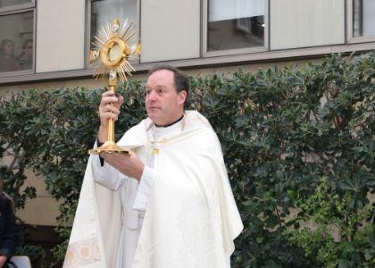Pastoral Finis Terrae celebró el Corpus Christi con la comunidad universitaria