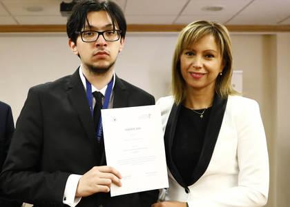 Con exitosa participación de alumnos de la Facultad de Derecho U. Finis Terrae culmina Curso de Derecho Parlamentario
