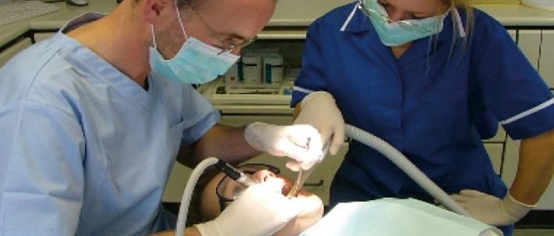 Manejo de Emergencias Médicas en la Consulta Dental