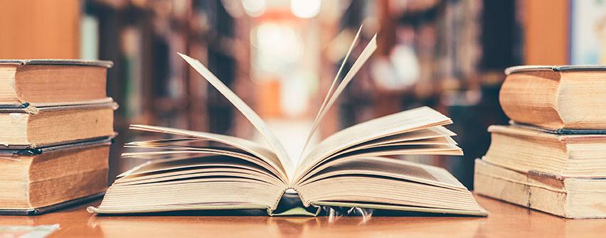 Ediciones U. Finis Terrae financiará publicaciones a cinco docentes de la Facultad de Derecho