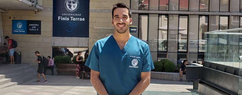 """Joaquín A. Lucero Mora: """"Aquí se implementa una nueva forma de enseñar, el profesor se encarga de que el estudiante aprenda no solo transmitiéndole el conocimiento"""""""
