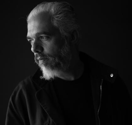 El destacado diseñador mexicano Héctor Esrawe participará en ciclo