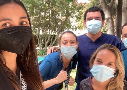 Estudiantes de séptimo año finalizaron sus internados y egresaron de la Escuela de Medicina