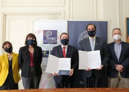 Universidad Finis Terrae firma convenio de colaboración con Fundación Familias Empresarias de Chile