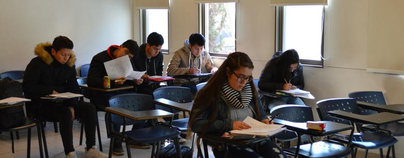 Preuniversitario de Formando Chile logró que 30 alumnos ingresaran en las carreras deseadas