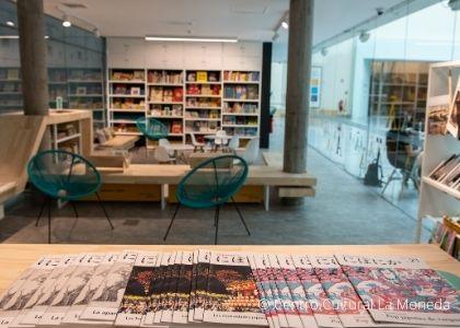 Libros de Ediciones Universidad Finis Terrae forman parte del nuevo Espacio Lector Abierto inaugurado por el Centro Cultural La Moneda