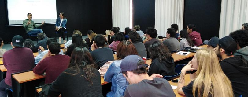 Revisa las actividades de reflexión que han realizado las escuelas de la U. Finis Terrae en torno a la crisis social que vive el país