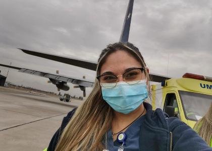 Entre cuidados críticos y traslados aeromédicos: la intensa experiencia de la enfermera Karina Pérez en pandemia