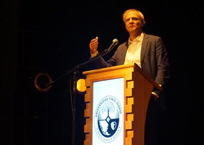 Felipe Kast, un candidato no tradicional