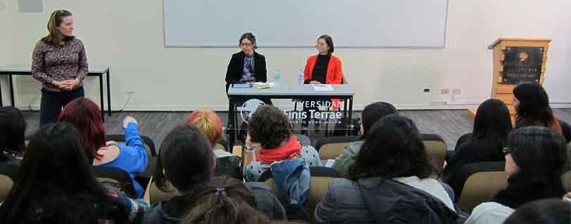 Escritora y académica Mónica Ramón Ríos realizará dos cursos electivos para la Escuela de Literatura