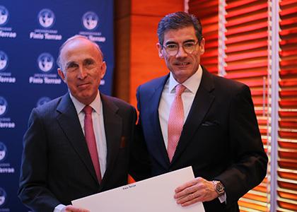 Superintendente de Bancos e Instituciones Financieras protagonizó encuentro del Club Monetario U. Finis Terrae