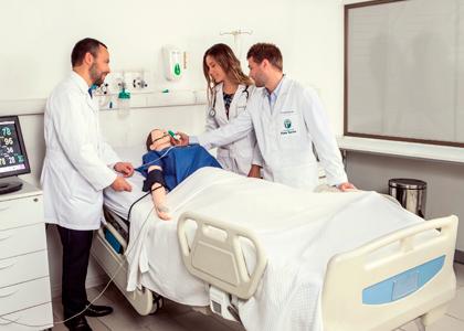 Medicina de la U. Finis Terrae obtuvo 6 años de acreditación por parte de la CNA