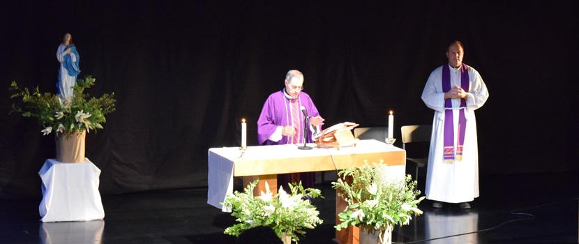 Pastoral de la U. Finis Terrae celebra misa de inicio de año académico