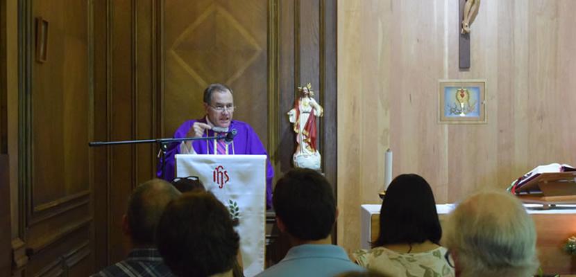 Dirección de Pastoral realizó retiro y misa de Navidad