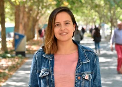"""Dra. Camila Moyano, docente de Ciencias de la Familia: """"La carrera está en un estado de innovación muy interesante"""""""
