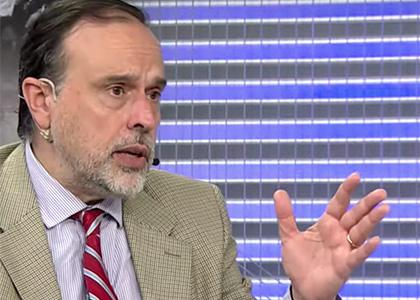 La Tercera TV | Académico Enrique Navarro explicó los recursos ante el Tribunal Constitucional respecto del retiro de pensiones