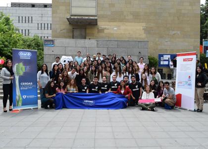 Facultad de Odontología realizó 2° Feria Educativa