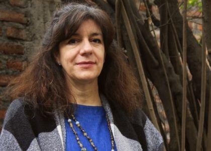 """Paulina Romero: """"El Diplomado Diseño y Producción Experimental Textil permite que cada estudiante establezca parámetros propios para desarrollar sus propuestas de diseño"""""""