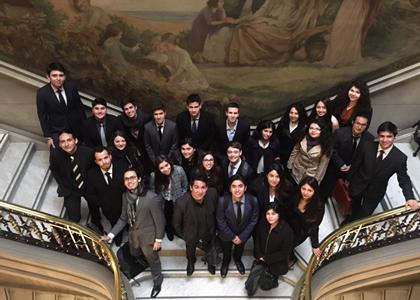 Alumnos de Derecho Constitucional visitaron el Tribunal Constitucional