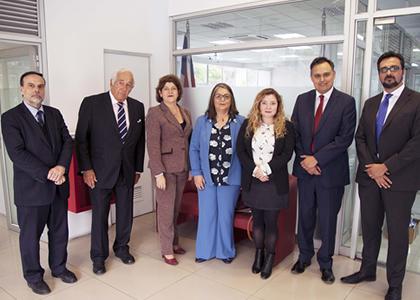 Seminario sobre transparencia y probidad analiza normativa de Chile y Brasil